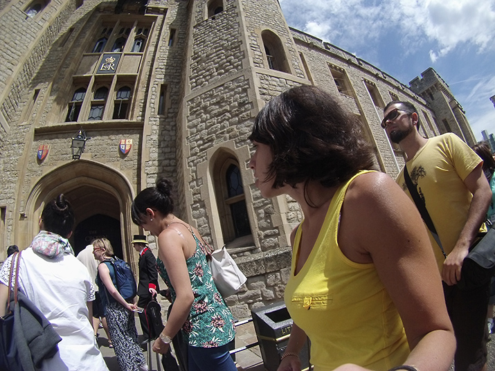 Tower-of-London-The-Crown-Jewels-Londres-Joias-da-Coroa