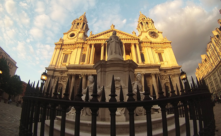 City-of-London-St-Paul-Cathedral-Londres